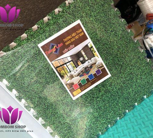 Thảm xốp ghép cỏ xanh thương hiệu Tường Lâm. Bịch 10 tấm – mỗi tấm kích thước 0,6×0,6m